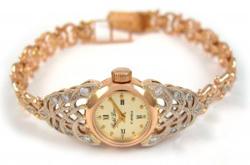Золотые часы как символ успеха